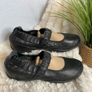 Dansko black Mary Jane shoes size 41